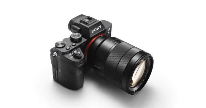 世界初の光学式5軸手ブレ補正機能を内蔵した 35mmフルサイズ、ミラーレス一眼カメラ『α7 II』を発売